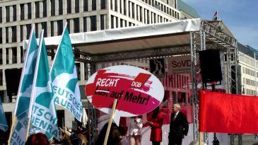 Equal Pay Day vor dem Brandenburger Tor Kundgebung