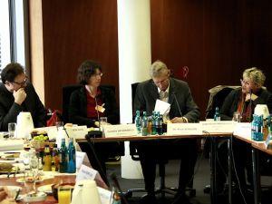 Parlamentarisches Frühstück Wirtschaft und Menschenrechte