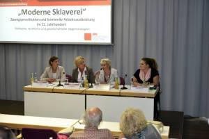 """Podiumsdiskussion """"Moderne Sklaverei"""" in Nürnberg"""