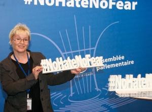 Gabriela Heinrich, #NoHateNoFear