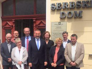 Parlamentarischer Beirat der Stiftung für das Sorbische Volk vor dem Wendischen Haus in Cottbus